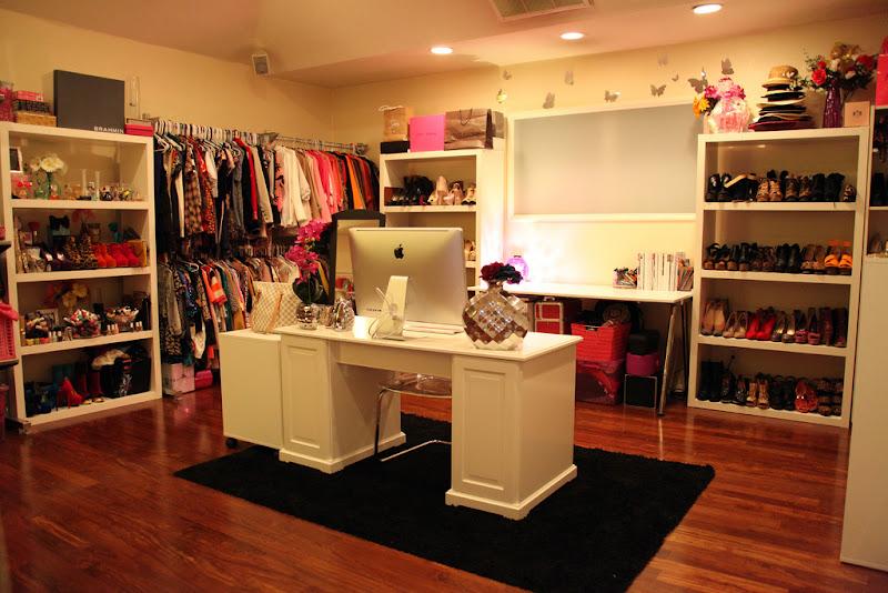 Room Closet and Makeup