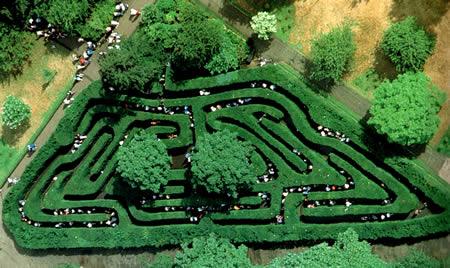 11 Labirin Terindah dan Terumit di Dunia