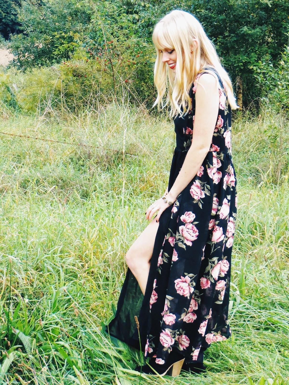 deb shops rose print duster, chicnova black maxi dress with slit, deb black ankle booties, niquegeek ravenclaw ring, 9th & elm guitar string ring, harry potter, boho, bohemian, hippie