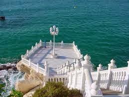 El Balcón del Mediterráneo posee grandes vistas de la costa de Benidorm.