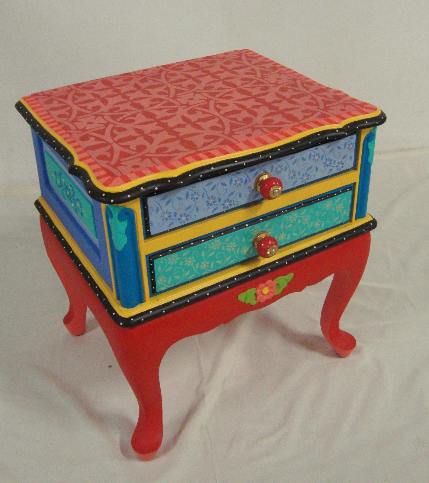 Reciclaje de muebles todo color restauraci n de muebles - Recuperar muebles viejos ...