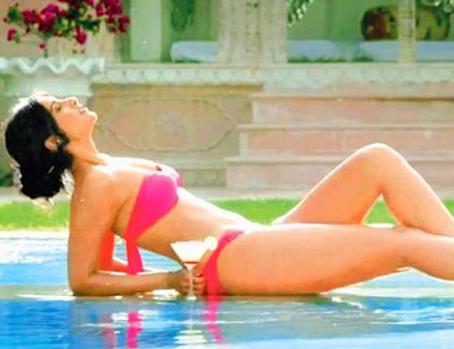 Alia Bhatt, Alia Bhatt in Bikini, Anushka Sharma, Anushka Sharma in Bikini, Bikini, Deepika Padukone, Deepika Padukone in Bikini, Ileana D'Cruz, Nargis Fakhri, Sonam Kapoor, Ayushmann Khurrana,