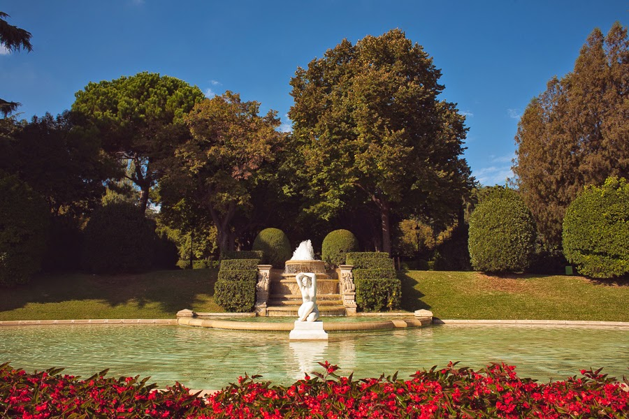 Парк и королевская резиденция Педральбес, Барселона Гауди