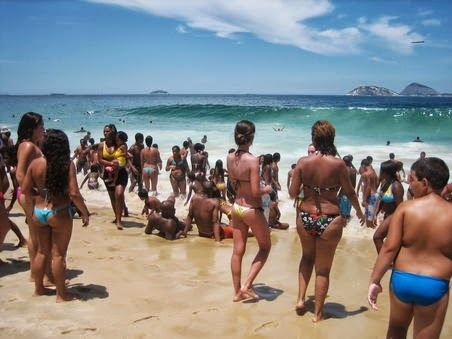 The Fit Rebel Blog: Only one way to wear a Brazilian bikini - Proudly