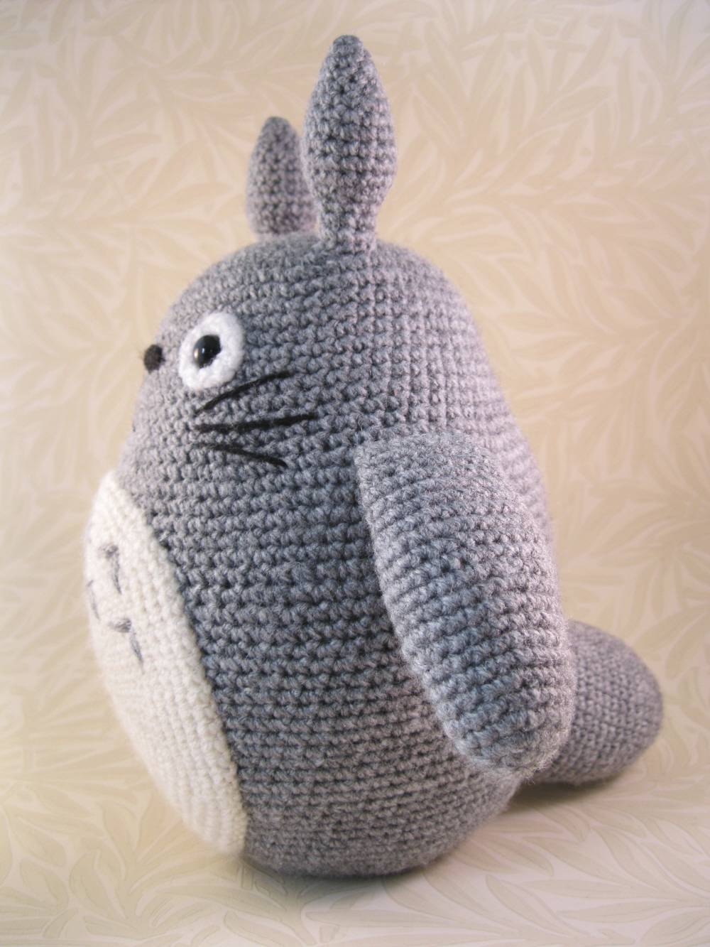 Free Knitting Pattern Totoro Toy : LucyRavenscar - Crochet Creatures: All the Totoros!