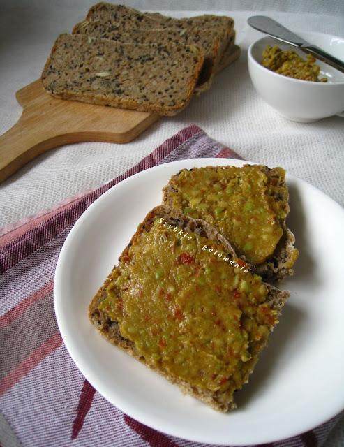 Pasta z awokado i suszonymi pomidorami (guacamole)