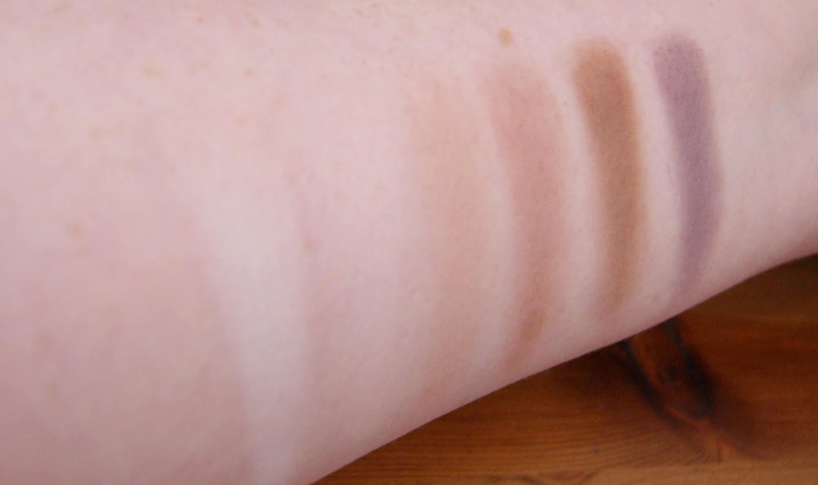 Makeup Revolution Girl Panic Row 3 Swatches