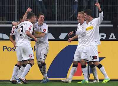 Monchengladbach 5 - 0 Werder Bremen (1))