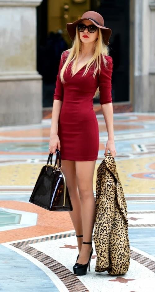 Glamorous red dress with leopard blazer