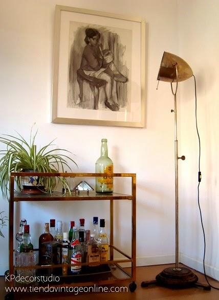 Decoración vintage. Decorar con focos de cine antiguos. Lámparas vintage online en valencia.