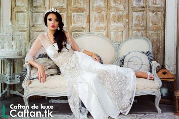 Robe de mariée blanche cousue main