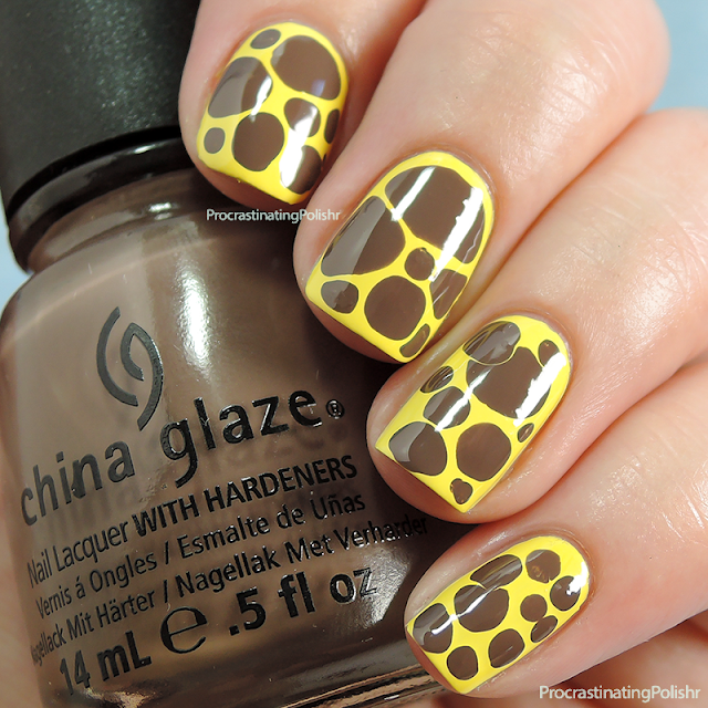 Best Nail Art of 2015 - Giraffe Blobbicure