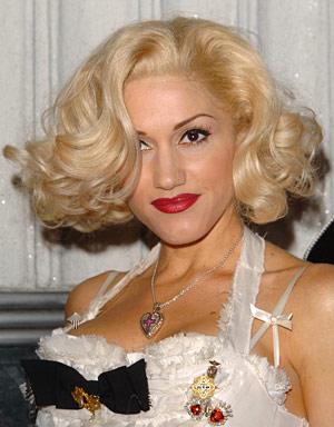 Gwen Stefani Rolling Pin Curls hairstyle.