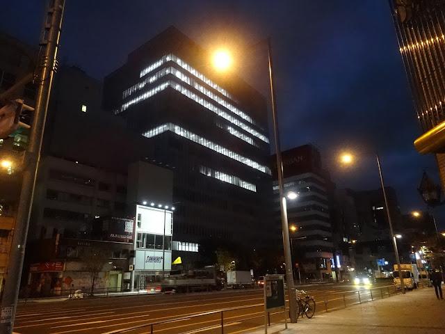 夜景,表参道駅前〈著作権フリー無料画像〉Free Stock Photos