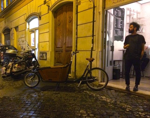 Eating in Rome {Healthy Choices in Monti}