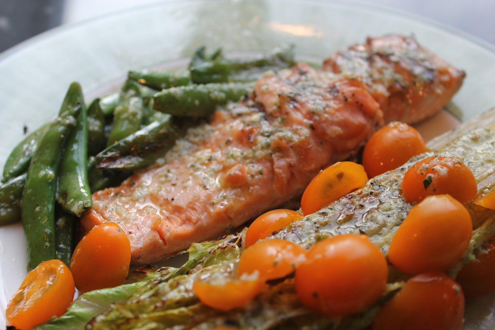 Delicious Dishings: Grilled Salmon And Romaine With ...