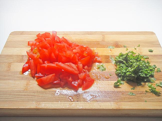 Тунисский салат с кускусом   http://www.horoshayaeda.com/