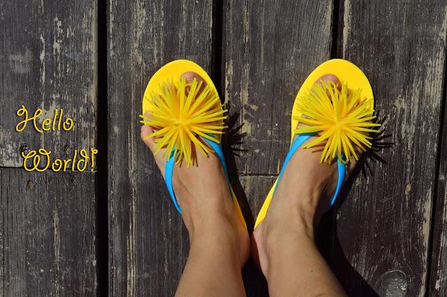 Привет мир! желтый цвет, лето, море, доброе утро! hello world!