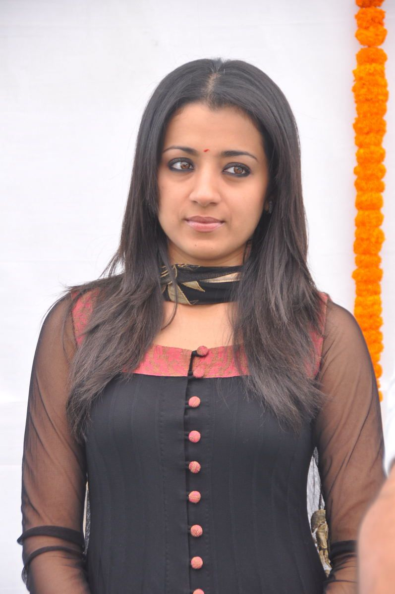 trisha s in hq format glamour  images