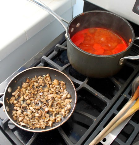 Whole wheat crepes with mushrooms and red pepper sauce