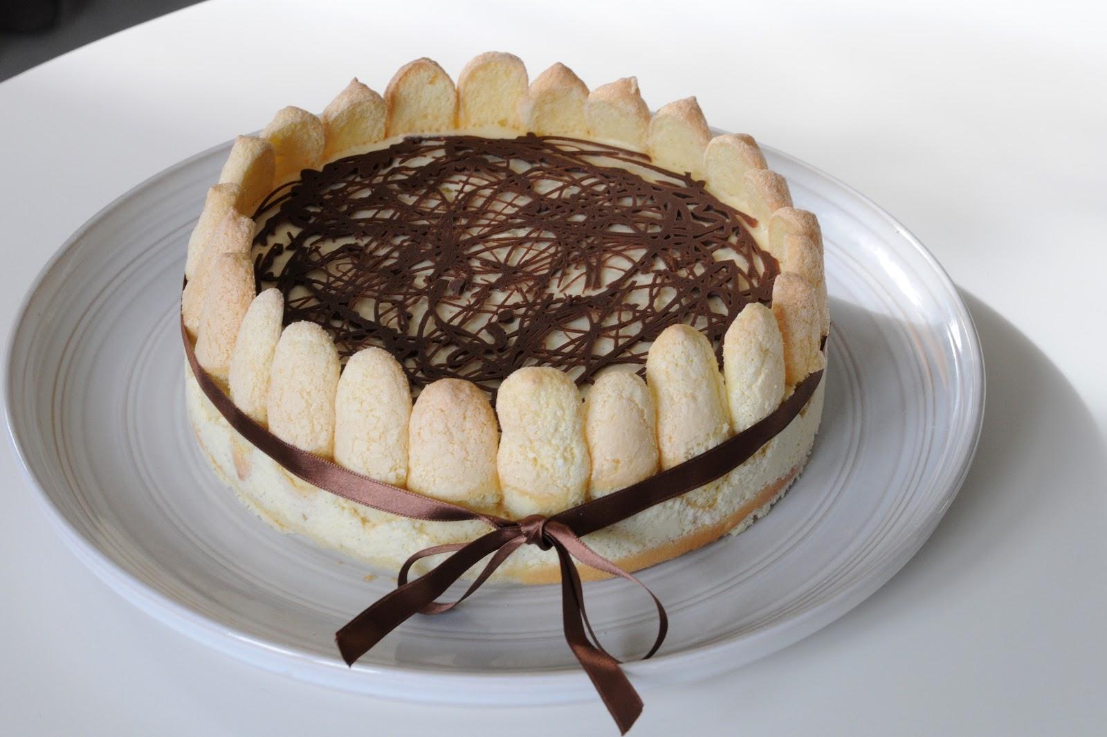 Decoration Gateau Charlotte Au Chocolat : Desserts chacun charlotte aux poires et sauce au chocolat