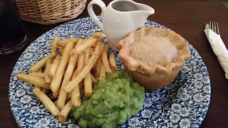 The Botanist Steak and Stout Pie Review