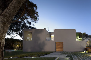 Casa minimalista en Estoril