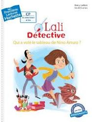 Lali détective