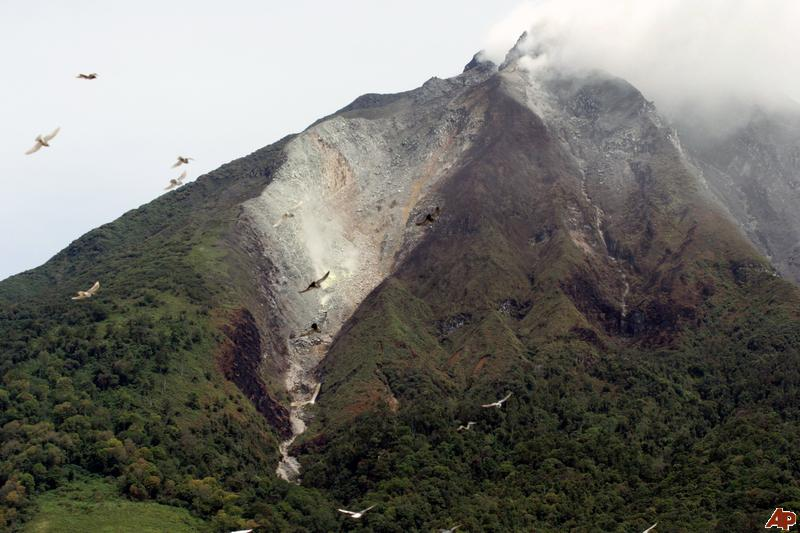 Volcano Uptick: North Sulawesi's Mount Karangetang Indonesia and White Island volcano in Bay of...