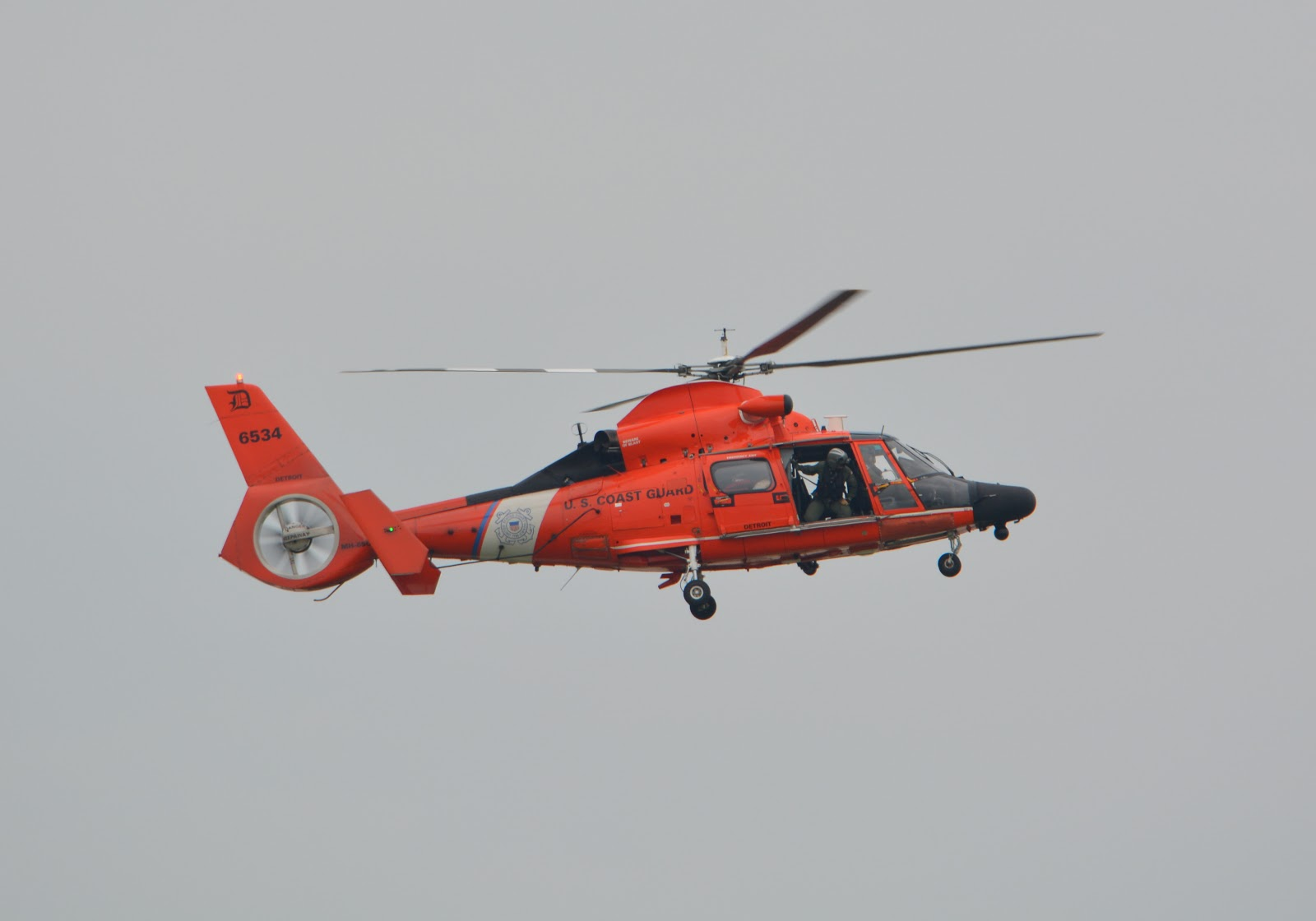 cozy birdhouse | dayton air show 2014, coast guard helicopter