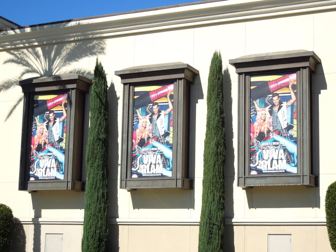 http://1.bp.blogspot.com/-IoXrYv1onUY/UImxiLFFt5I/AAAAAAAA2vA/hGNPDsNEl5w/s1600/Nicky+Ricky+Viva+glam+billboards.jpg