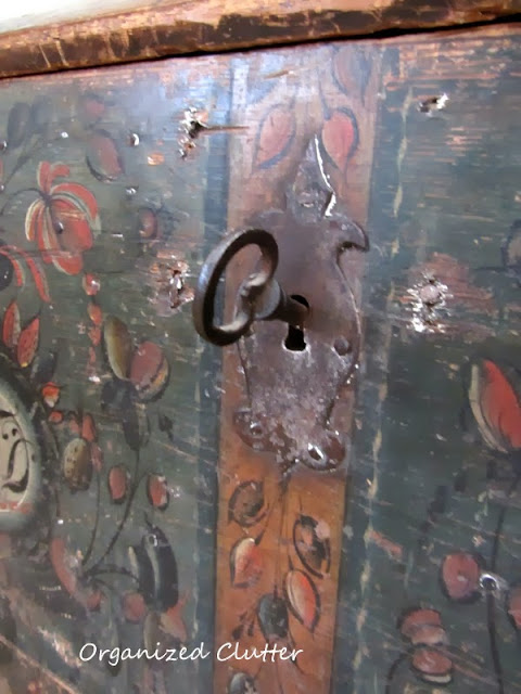An Antique Norwegian Trunk www.organizedclutterqueen.blogspot.com