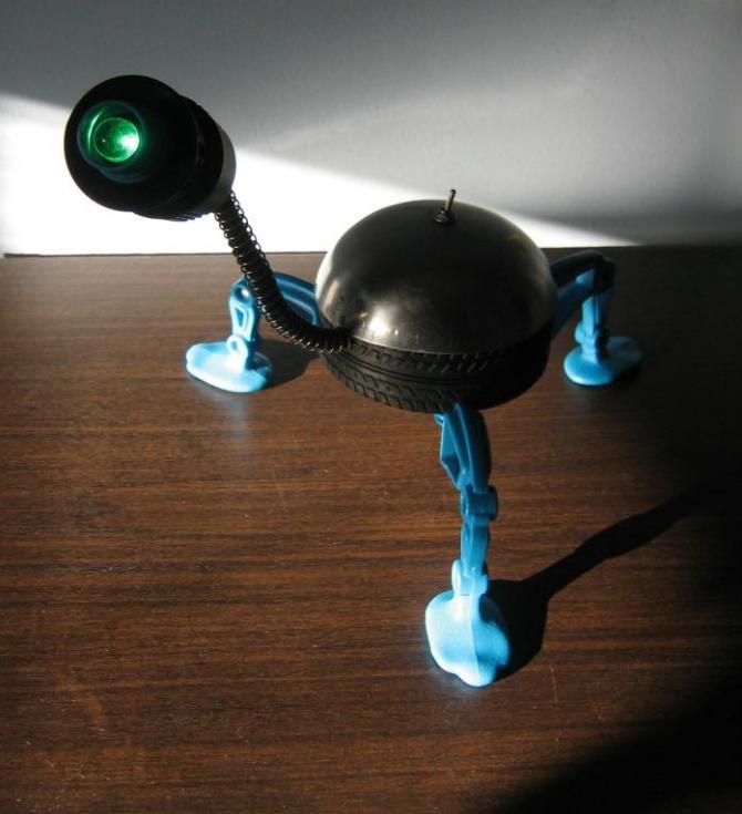 artistamiyares: UNA BUENA IDEA, BEBS ROBOTS PARA ADOLESCENTES