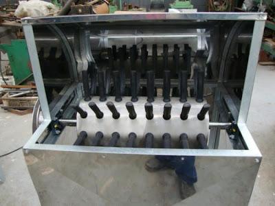 Maquina de tirar penas de galinha