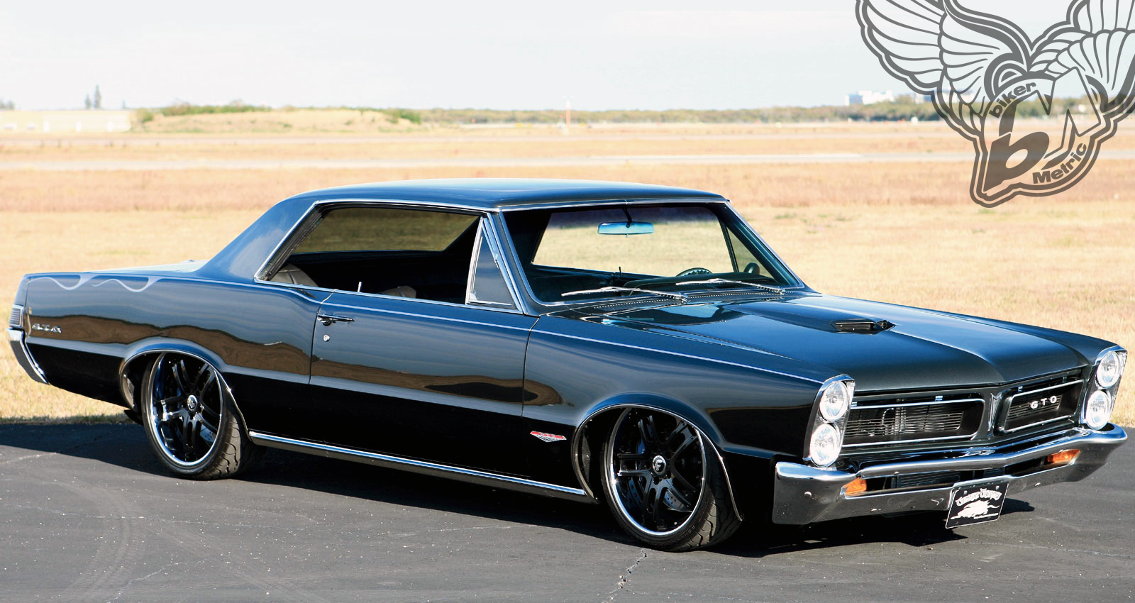 the first muscle car | pontiac gto - bikerMetric