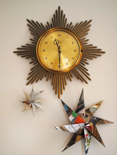retro sunburst clock