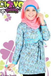 Clover Clothing Blus Aiko - Baby Blue (Toko Jilbab dan Busana Muslimah Terbaru)