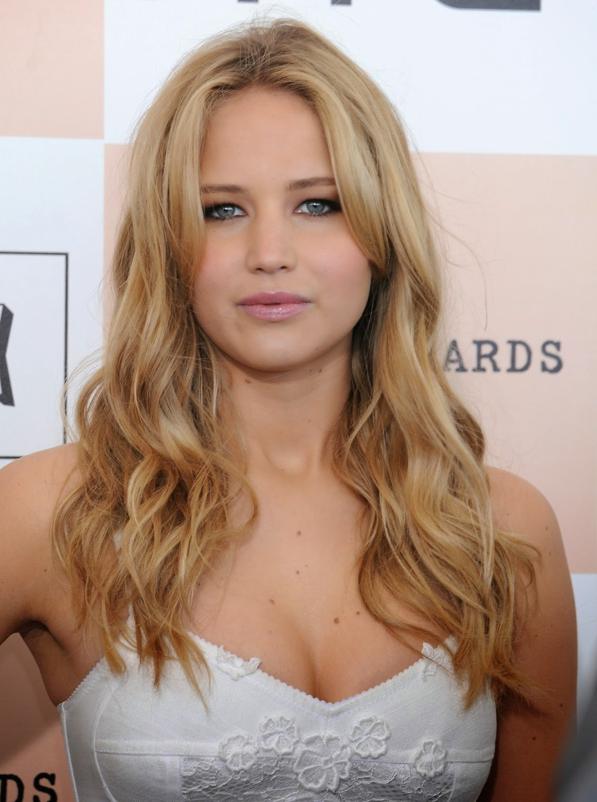 Sports Scandal: Jennifer Lawrence a chance to win MTV ...