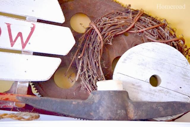Vintage sled mantel www.homeroad.net