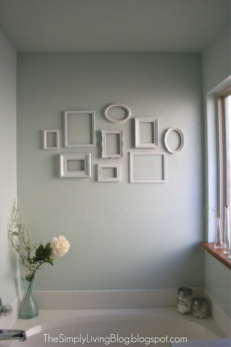 Simply Living : Simple {and cheap} Gallery Wall