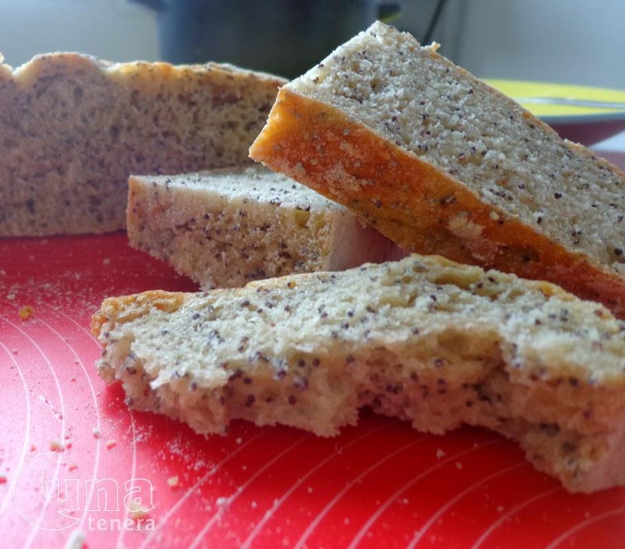 pane al kamut e semi di papavero