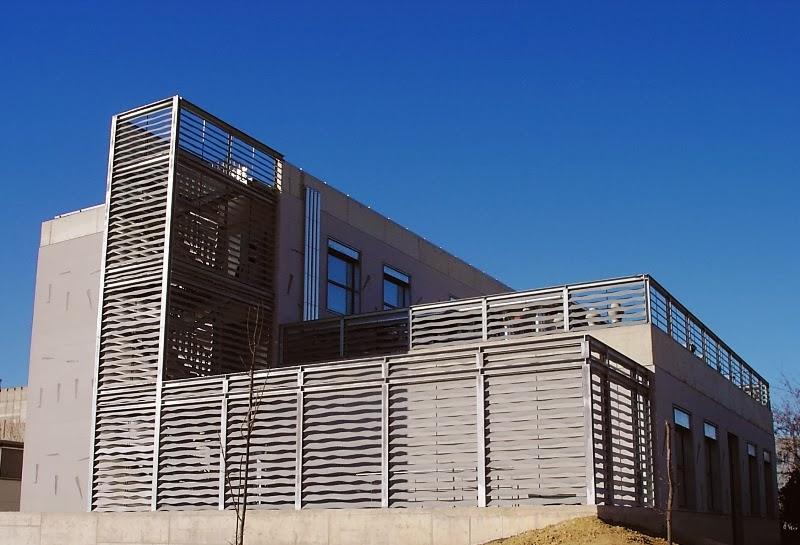 Joan Bonet: Construcción