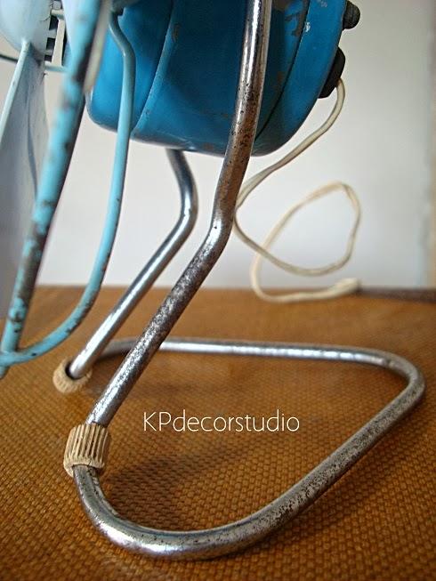 Comprar ventilador años 60 color azul para decoración