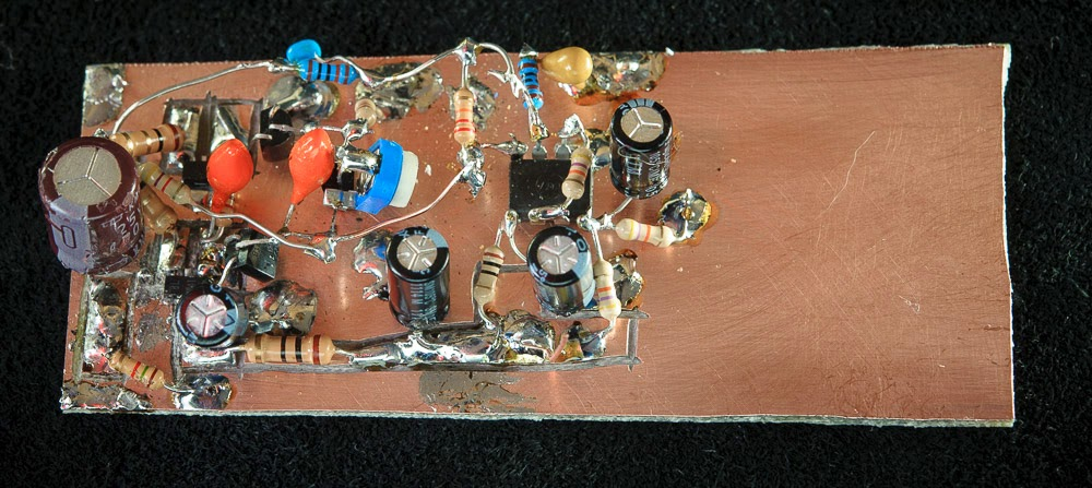 Breadboard of the popcorn AF amp I bolted in the Funster receiver