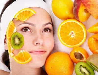 buah-buahan yang membuta kulit bercahaya
