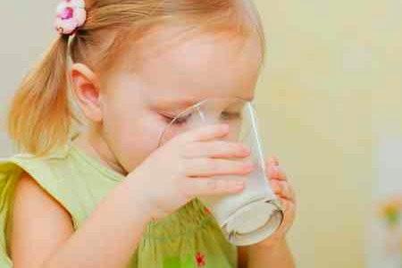 فوائد حليب الصويا للاطفال