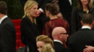 Kristen Stewart - Imagenes/Videos de Paparazzi / Estudio/ Eventos etc. - Página 31 DSC01414