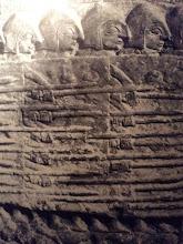 Guerriers sumériens, détail de la stèle des Vautours