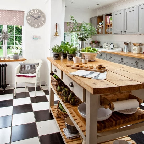 wystrój wnętrz, wnętrza, urządzanie mieszkania, dom, home decor, dekoracje, aranżacje, house, styl rustykalny, rustic style, kuchnia, kitchen, szare szafki, gray, black and white