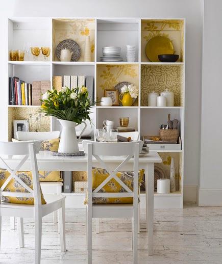 Les étagères représentent une alternative simple pour arranger les vaisselles